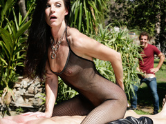 Kinky wife India Summer pleasures her