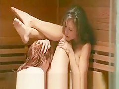 Love Between Lezzie Babes In Sauna