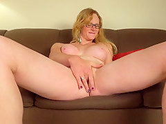 Mature Tranny Plays With Her Wet Pussy