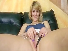 Girl Next Door Spreads Pussy For Jerks
