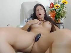 Dark Hair Milf Enjoying To Playomb Shaker Love That You Gave