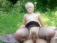 Hot Amateur Outdoor With Facial