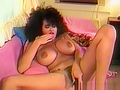 Vintage Time With Sexy Retro Babe