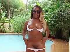 Ebony Hoe Harmonie Marquise Strips Off And Shows Her Assets