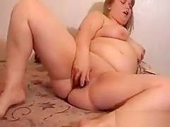Amateur Blonde Bbw Using Her Vibrating Toy