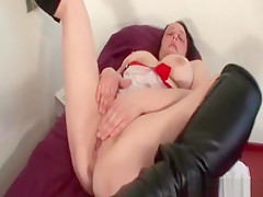 Mature With Big Boobs Rubs And Stretches Pussy