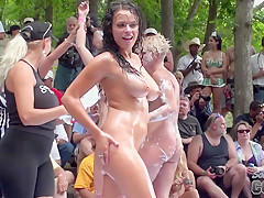 Nudes A Poppin 2009 Saturday Footage From Camera Guy Bill Part 1 Of 2 - SouthBeachCoeds