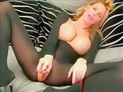 Blonde Bigtits Masturbates Toys Hot Webcam Show