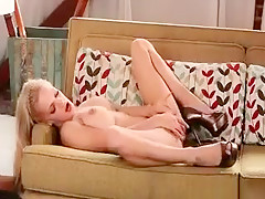 Sexy Blonde Babe Lou Lou Gets Naked
