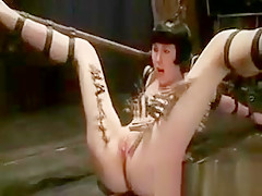 Bondage Babe Gets Lots Of Clothespins And Flogging And