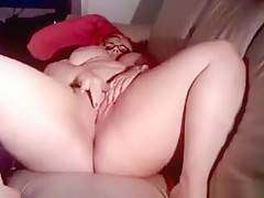 Bbw Rubbing Her Thick And Wet Pussy