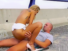 Veronica Leal - Outdoor anal