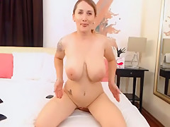 Professional webcam girl doing her dildo, they always do as they are told