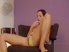Softcore Cookie Toying Session Is Leading To Agonorgasmos