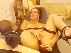 Onlinechat Hot Rubs Wanks And Her Vagina