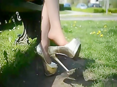 walking Alicia golden 16cm high heels smoking