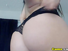 Hot Amateur Babe Having a Masturbation Show