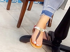 gf's perfect long feets sexy toes under table