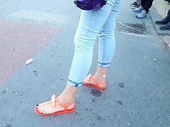 walking college girl sexy long feets hot toes