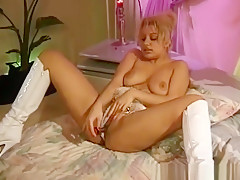 Candy Apples Naked Body