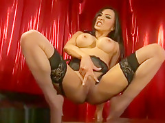 flexible naked jada1