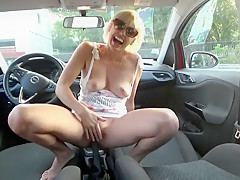 Blonde fucked her car on a busy street. Hot orgasm.