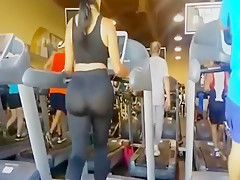 fat ass latina in yoga pants in the wake