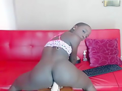 African rides in grind on dildo