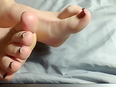 Dreena Rogue Feet While Cumming