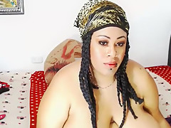 Sexy Black Latina BBW on Webcam