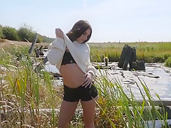 AMATEURS ALEXANDRA BELLE IN LOST AND FOUND.
