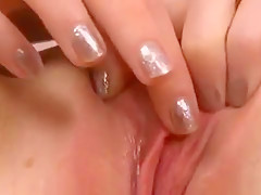 Cuddly Chick Is Gaping Pink Crack In Close Up And Cumming
