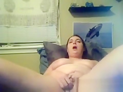 Thick Milf Masturbating