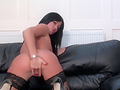 Lolly Badcock rubs her filthy british cunt