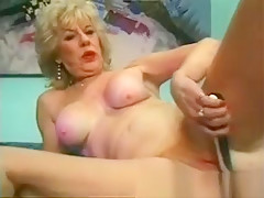 Sexy Blonde Milf Gets Aroused With A Sex