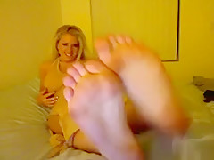 Sexy Blonde Girls Feet Close Up