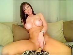 Big Tit Babe Uses Dildo And Hiatchi On Tight Pussy