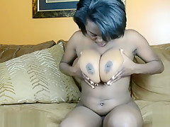Lexy Shay rubbing her pussy