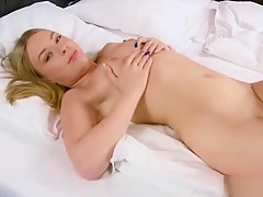 Elegant Nympho Gapes Spread Twat And Gets Deflorated83zvq