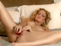 Prinzzess Felicity Jade in The King's Daughter Is A Slut