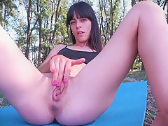 Skinny girl nude exercise outdoor until she squirts