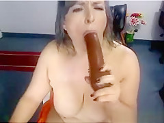 Fat Latina Plays With Her Thick Pussy