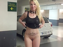 Flashing My Body Naked In A Public Parking