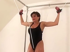 Adulterous British Milf Lady Sonia Shows Off Her Massive Kno