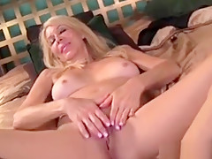 Erica Lauren Hot Milf In Rubs One Out Before Bed