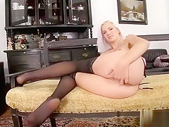 Nasty Czech Chick Spreads Her Tight Vagina To The Bizarre