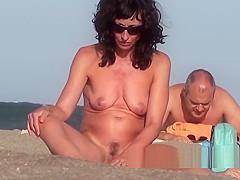 Amazaing Hot Bodies Naked Nudist female Beach Showers Voyeur