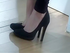 CANDID DANGLING & SHOEPLAY - saf
