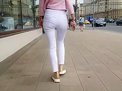 Amazing blonde with hot ass