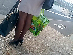 So sexy legs pantyhose and heels